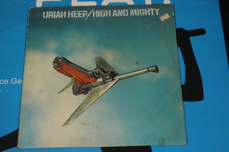 Uriah Heep - High and Mighty  STEMRA 27438 XOT