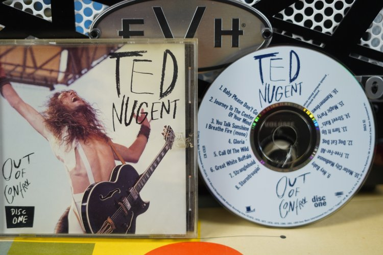 Ted Nugent - Out of Control E2K 47039  1993