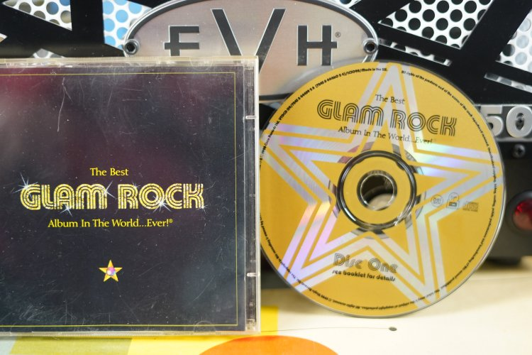 Clam Rock     The Best Album in the World.... Ever !   724384445928   Made in the EU 1998