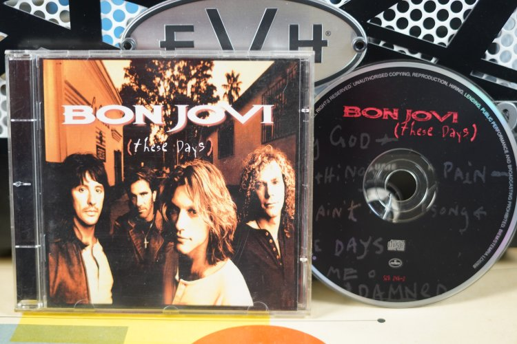 Bon Jovi    These Days   5282482     Made in  U S 1995