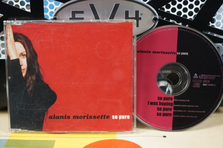 Alanis Morissette     So Pure     9362447042   Made in Germany  1999