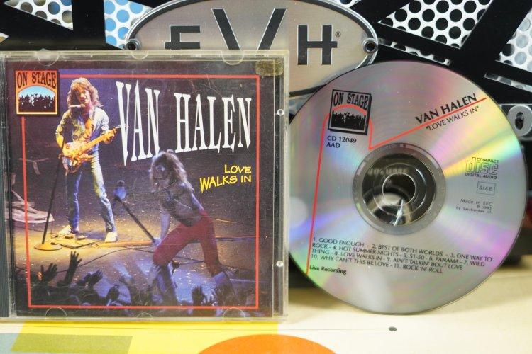 Van Halen  -  Love Walks in   CD12049    Made in EEC 1993