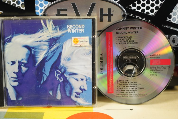 Johnny Winter  -   Second Winter    4678322    Made in   Europe 1991