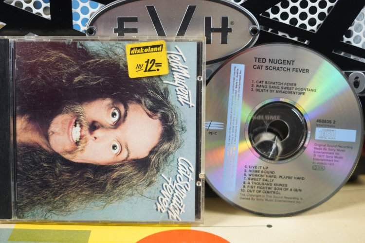 Ted Nugent - Cat Scratch Fever   4688052   Made in UK 1977