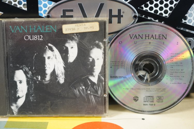 Van Halen  -  OU 812   925732-2  Made in Germany  1988