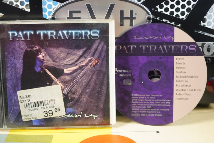 Pat Travers Lookin Up    PRD 70972Made in Holland 1996
