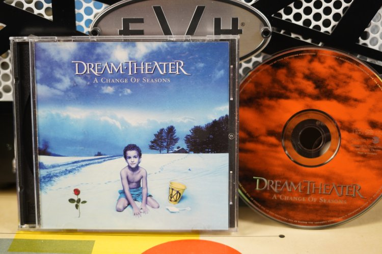 Dream Theater  A change of seasons7559-61842 -2 made in Germany 1995