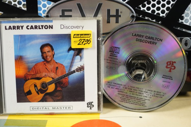 Larry Carlton -   Discovery GRP01032 made in Germany 1987