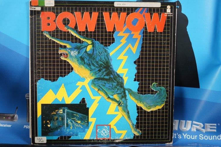Bow Wow  Invitation VIH 6009. 1976