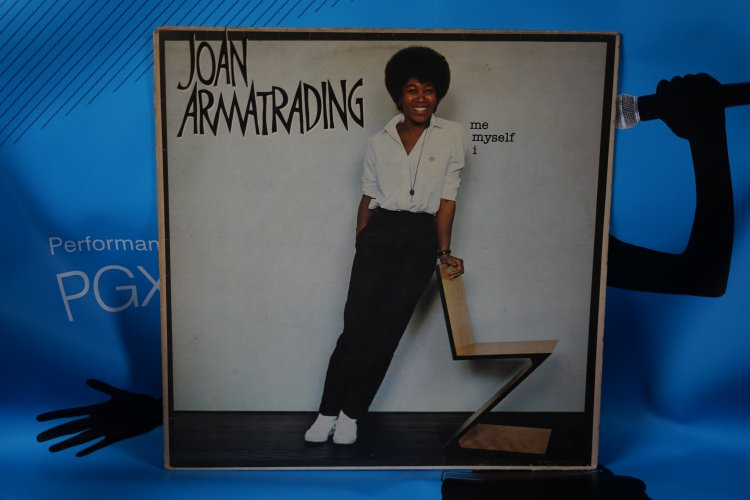 Joan  Armatrading  Me  Myself   I 1980 Lyrics Vinyl  LP Record Album  AMLH 64809 EX/EX
