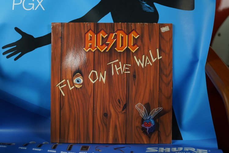ACDC Fly on the wall 781231  Atlanta 1985 made in Holland