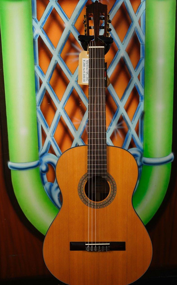 Martinez MC-35C Spaanse gitaar